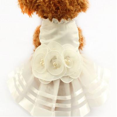 Robe de mariage avec belles perles pour chienne