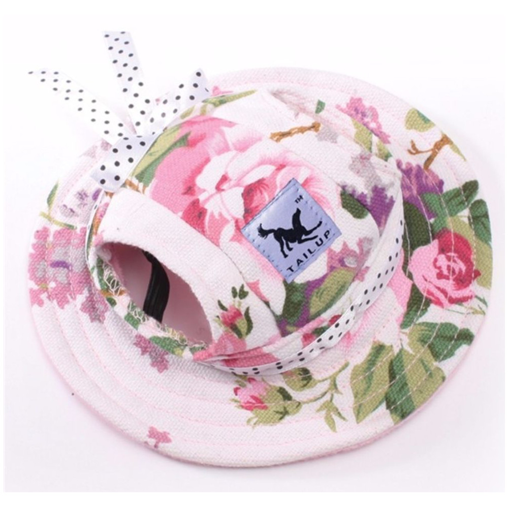 Chapeau à fleurs pour chienne