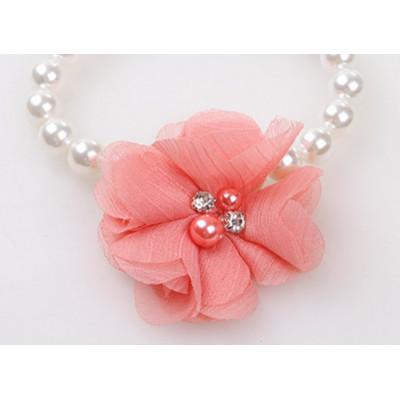 Bijou collier de perles pour chien